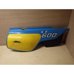 CACHE LATERAL DROIT 600 XT
